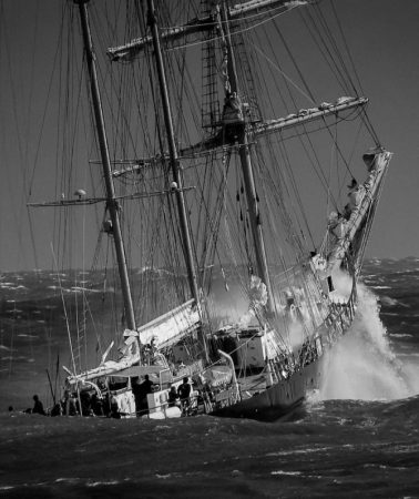 12 remarkable photographs of boats in black and white