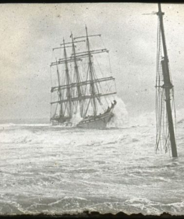 Shipwrecks in century-old photographs: A never-ending story?